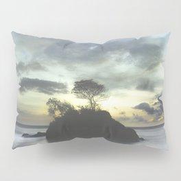 Selva . Piedra . Mar Pillow Sham
