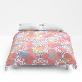 Mosaic Quatrefoil Comforters