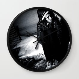 this is a selfish self-awareness, chapter 9 (part 1) Wall Clock