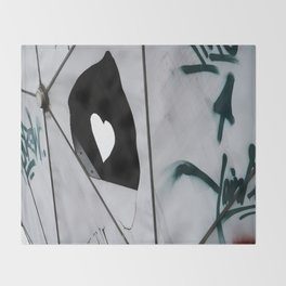 I heart Berlin Throw Blanket