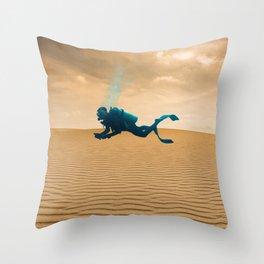 Desert divers Throw Pillow