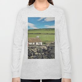 Thatched cottage, Ireland Long Sleeve T-shirt