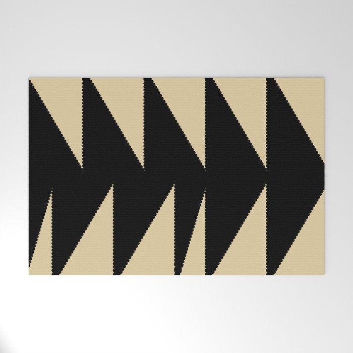 Arrowhead geometry motive Welcome Mat