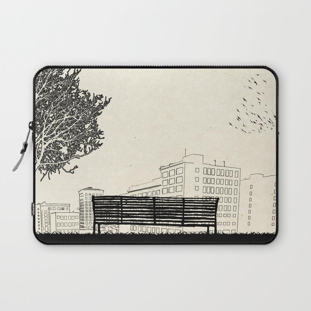 (500) Days Of Summer Laptop Sleeve LSV275052