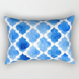 Quatrefoil pattern in shades of blue Rectangular Pillow