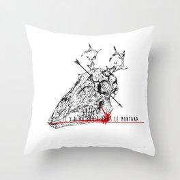 Il y a du bruit dans le Montana Throw Pillow