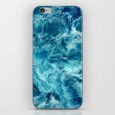 Ocean is shaking iPhone & iPod Skin