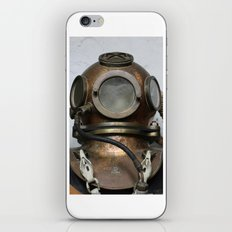 Antique vintage metal underwater diving helmet iPhone Skin