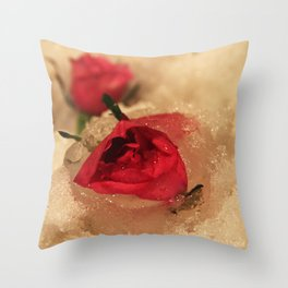 Frozen roses in the snow Throw Pillow