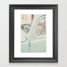 Escarabajo turquesa. Framed Art Print