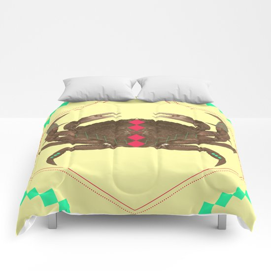 even more symetric crab Comforters