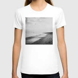 black and white Southwold beach photograph T-shirt