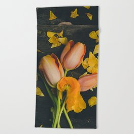 Spring Tulip Flowers Beach Towel