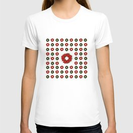 Christmas Wreath Pattern T-shirt