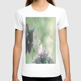 Eye contact ;0) T-shirt