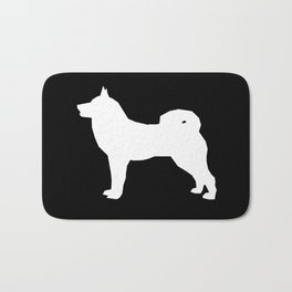 Akita silhouette dog breed pattern minimal dog art black and white akitas Bath Mat
