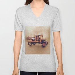 Vintage Model T Wrecker Unisex V-Neck