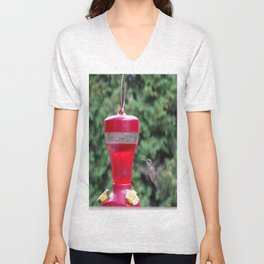 Hummingbird at feeder Unisex V-Neck