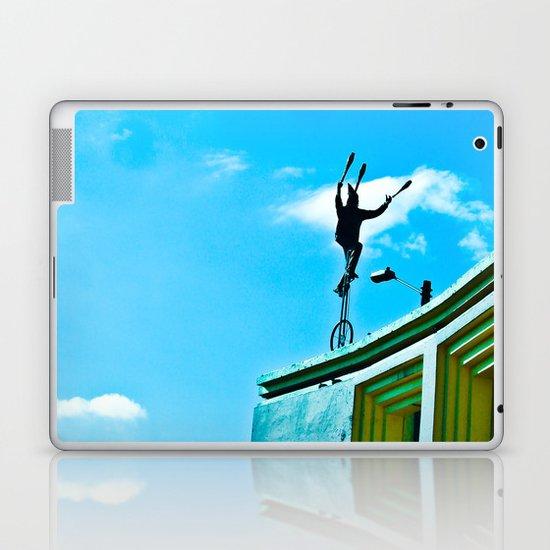 THE WIND AND THE BALANCE Laptop & iPad Skin