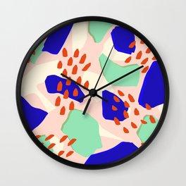semillas rojas Wall Clock