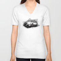 honda V-neck T-shirts featuring Honda Civic Type-R by an.artwrok