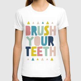 Kids art bathroom print T-shirt