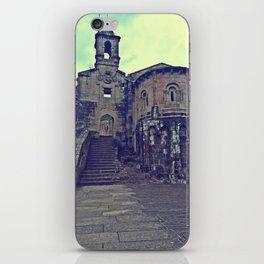 A Capela 3 iPhone Skin