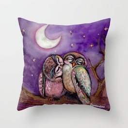 Owls in love Throw Pillow