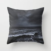 jon snow Throw Pillows featuring I´m fading by HappyMelvin