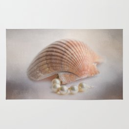 Sea Shell and Pearls Rug