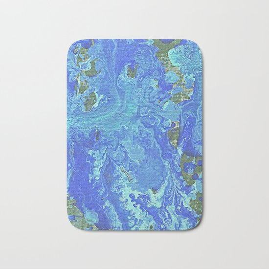 Water Flow On The Earth Bath Mat