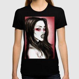Little Queenie T-shirt