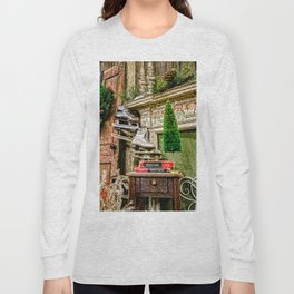 Antique Fireplace Decor Long Sleeve T-shirt