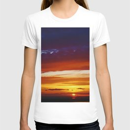 Liverpool Bay at sunset T-shirt