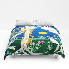 Nude surprised by Cockatoos                     by Kay Lipton Comforters