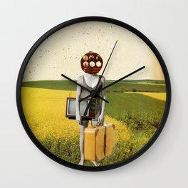 Nur Pralinen im Kopf Wall Clock