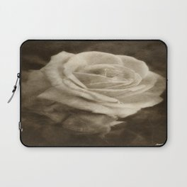 Pink Roses in Anzures 2 Antiqued Laptop Sleeve