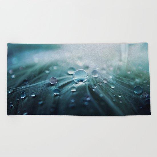 Rain drop Beach Towel