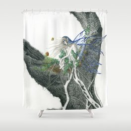 Hada en un tronco Shower Curtain