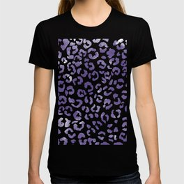 Modern hand painted leopard purple ultra violet watercolor pattern T-shirt
