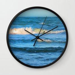 Beautiful waves on the Queensland coast of Australia Wall Clock