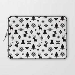 PIXEL PATTERN - WINTER FOREST Laptop Sleeve