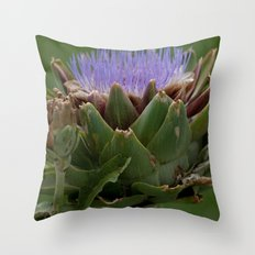 artichoke 1 Throw Pillow