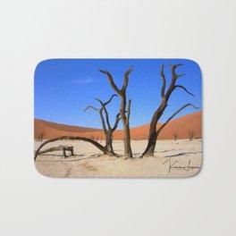 Skeleton tree II Bath Mat