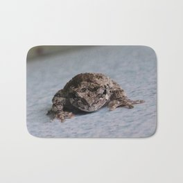 Grey Tree Frog Bath Mat