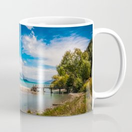 Unspoiled alpine scenery at Kinloch Wharf, New Zealand Coffee Mug