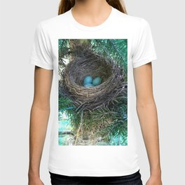 Robins Nest T-shirt