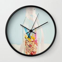 Botella de colores Wall Clock