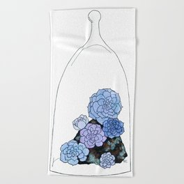 """Proliferate""/ Echeveria perl von nurnberg Beach Towel"