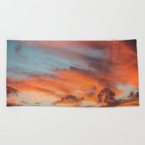 SIMPLY SKY Beach Towel